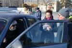 Женщин – водителей поздравили с 8 Марта