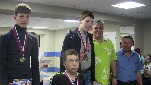 В Озерске завершились чемпионат и первенство области по плаванию среди инвалидов