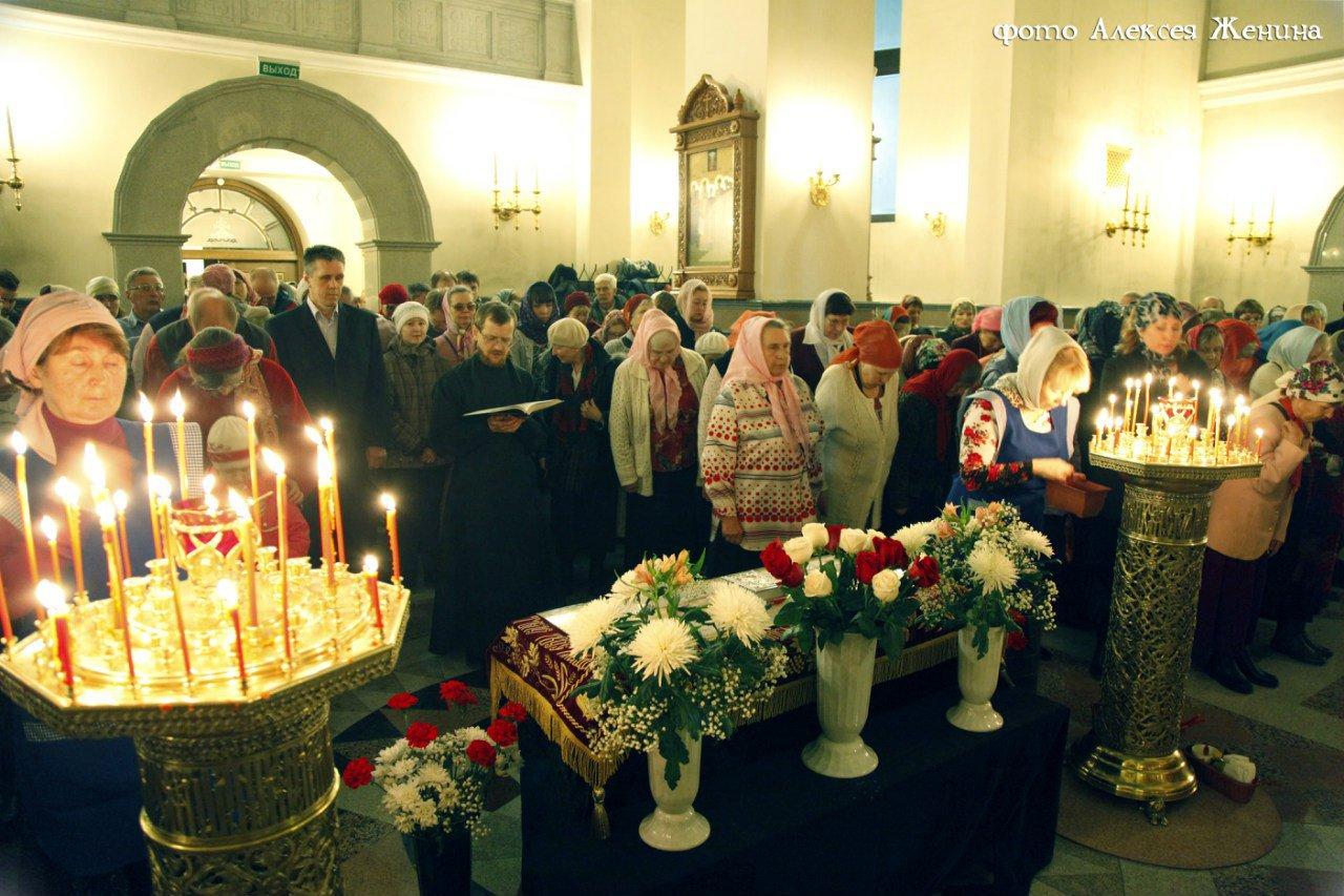 Светлое христово воскресение в храме