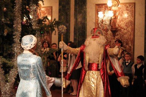 Рецепты новогоднего счастья от Дедушки Мороза театра «Наш дом»