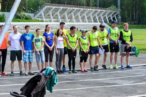Благотворительный турнир по кроссфиту «Будь первым!»