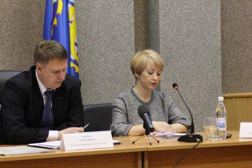 Утверждён главный финансовый документ округа на 2017 год