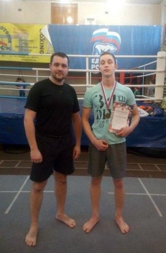 Озерский боксёр стал призёром на первенстве области