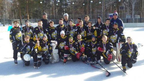 Завершился хоккейный сезон победой юных озерчан
