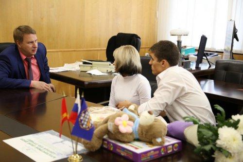 В Озерске продолжается работа по обеспечению жильём детей-сирот