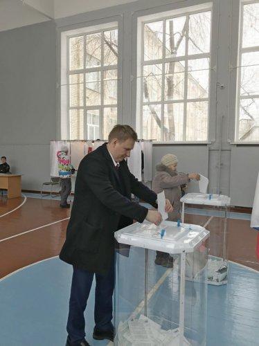 Снегопад не остановил от похода на выборы