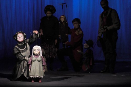 Мистические трансформации пороков в добродетели в театре кукол
