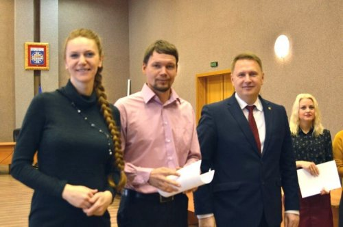 Глава округа Евгений Щербаков поздравил будущих новоселов