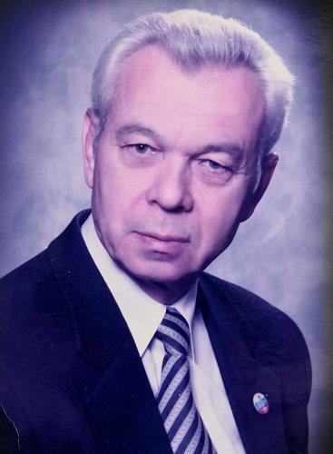 После непродолжительной болезни на 83-м году жизни скончался Юрий Федорович Носач