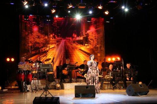 «Культурно-досуговый центр» провел онлайн-концерт в поддержку озерских медиков