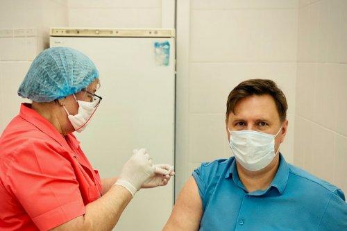 Евгений Щербаков сделал прививку от коронавируса